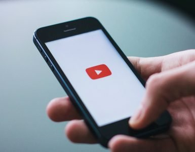 como-gravar-videos-com-celular-para-o-youtube